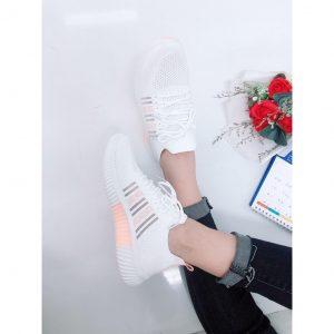 Sneaker Vải Dệt Đen & Trắng – 5282